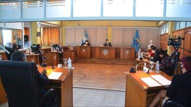 Lorena Alcalá, presidenta del bloque Chubut al Frente, dijo que esperan la respuesta de los diputados.