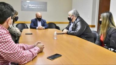 Sastre coordinó acciones conjuntas con la provincia para optimizar la conectividad en Puerto Madryn.