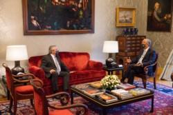 El presidente Alberto Fernández fue recibido este domingo por Marcelo Rebelo de Sousa.