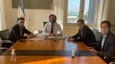 El intendente Luque junto al ministro Cafiero y Julián Leunda.