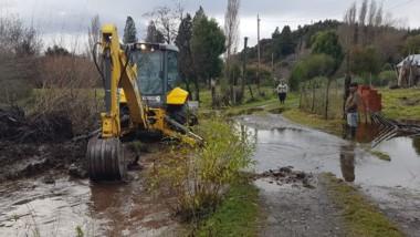 Vialidad Nacional con equipos trabajando en el área afectada.