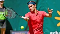 """Federer: """"Estoy feliz de volver al pasto y el objetivo es intentar ganar aquí de nuevo""""."""