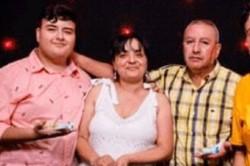 Ruth Monteros, mamá de Alexis y su esposo. Los dos fallecieron de Covid al igual que su suegro.