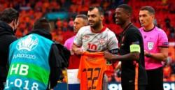 Doblete de Wijnaldum, el nuevo jugador del PSG, para la goleada de Países Bajos.