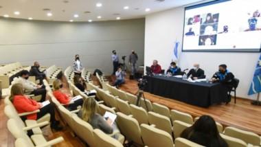 Massoni fue convocado en la Legislatura para brindar explicaciones por el operativo que se llevó adelante en la zona de Las Golondrinas.