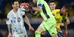 Dos increíbles atajadas de Ospina a Messi que impidieron el triunfo de Argentina ante Colombia.
