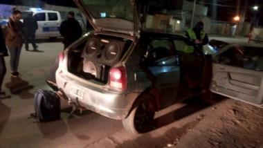 El conductor y su acompañante dieron positivo al narco test.