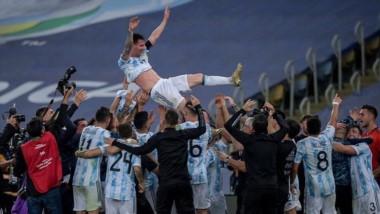 Es muy importante lo que pasó en el Maracaná: se cerró una herida de 28 años y con Messi levantando la Copa.