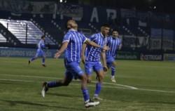De la mano del Gallego Méndez, Godoy Cruz remontó un partidazo y venció 2-1 a Rosario Central.