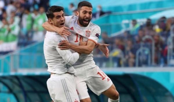 España sacudió a Suiza desde el comienzo y asegura un lugar en las semifinales.