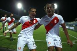 Perú espera por el ganador de Brasil-Chile.