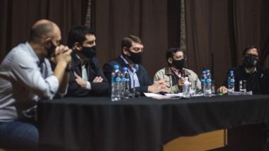 Damián Biss brindó una conferencia en el Cine Teatro Municipal.