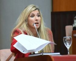Cecilia Basualdo, abogada, acompañará en la boleta a Gustavo Menna.
