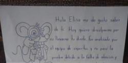 La carta del Ratón Pérez junto al dieente de Elisa.