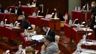 La sesión en la Cámara de Diputados fue bastante rápida y ayer no llegó ni a la media hora de duración.