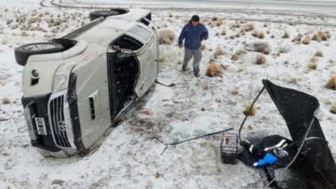 El vehículo se  cruzó de carril según señalaron desde el lugar del siniestro a 16 kilómetros de Tecka.