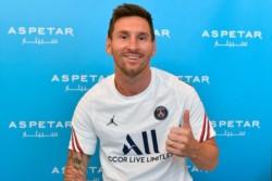 Primeras imágenes de Messi con la camiseta del PSG.
