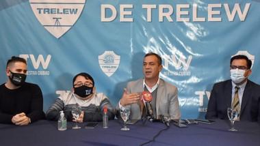 Tarruella Sader, Behotats, Castillo y Lemunao en rueda de prensa.