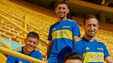 El domingo se cumplen 40 años del título de Boca en el Metro '81. El único que ganó D Maradona en el club. A modo de homenaje, el Xeneize lanzó esta camiseta.