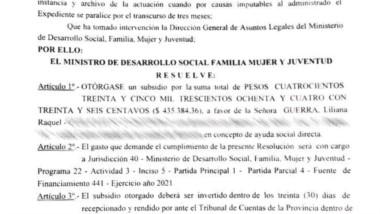 Papeles. La resolución que habilita los fondos para Liliana Guerra.