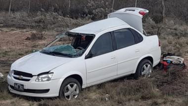 El vehículo Chevrolet Classic sufrió importantes daños materiales.
