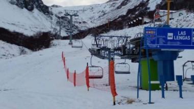 Cuando todo parecía perdido, la nieve llegó y el Centro de Esquí reabre.