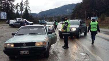 En rutas e ingresos y egresos de las localidades trabajó la Policía.