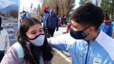 """Gualjaina recibió a """"Coco"""" Muñoz tras su participación en Tokio. Su pueblo natal le brindó todo el afecto."""