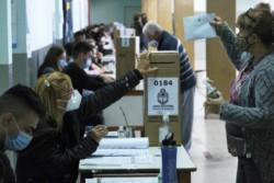 El intendente de la capital de Corrientes, Eduardo Tassano (UCR), quien busca la reelección con la alianza gobernante ECO+ Vamos Corrientes, instó a la ciudadanía a que concurra a votar