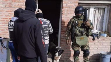 Los allanamientos se llevaron a cabo en los barrios Oeste y Tiro.
