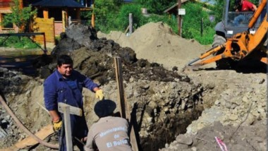 Zanjeo. Las obras de gas beneficiarán a más familias de dos tradicionales barrios de El Bolsón.