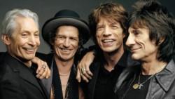 De izquierda a derecha, Charlie, Keith, Mick y Ronnie.