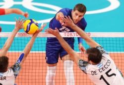 Francia jugó un partido extraordinario y superó a Argentina en la semifinal olímpica del voley masculino.