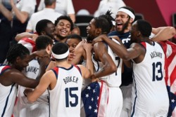Durant fue la gran figura con 29 puntos. La Generación Dorada sigue siendo la única Selección que ganó la de oro desde el desembarco de los NBA en los JJOO.
