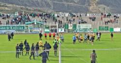 En el Estadio Municipal, Rada Tilly venció por 2-1 a Laprida. (Foto: Jeremías Araya).