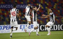 De la mano del Huevo Rondina, Central Córdoba logró su segundo triunfo y suma 11 puntos en 11 fechas. Atlético Tucumán quedó con 15.
