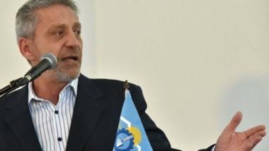 """Tras los resultados en las elecciones, Arcioni dijo que la oposición no hizo """"propuestas coherentes""""."""