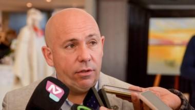 Gustavo Sastre, intendente.