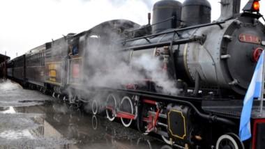 El Viejo Expreso Patagónico volvió a las vías a todo vapor