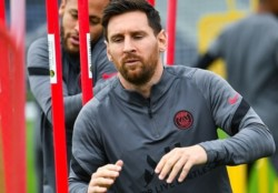 Leo Messi se entreno a la par del equipo, en la previa del duelo del PSG contra Manchester City.