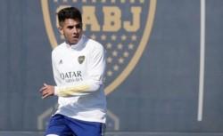 Precaución por la salida de Agustín Almendra en el entrenamiento de este jueves. ¿Llega al Superclásico?