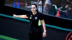 La árbitro Bianca Tedesco, que se alejó del básquet por sufrir acoso sexual.