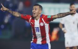 Con goles de Martínez y Kaku, los Guaraníes ganaron para sumar 11 puntos y quedar en el sexto lugar.