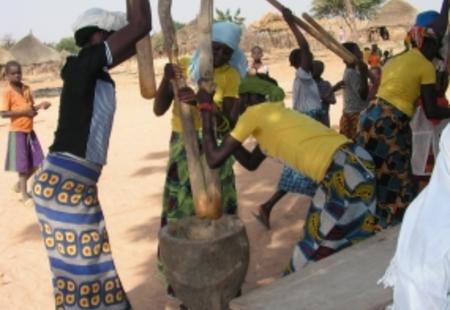 Women preparing degustation 2006