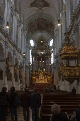 Inside St Peterskirche