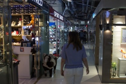 Walking through the Silk Market