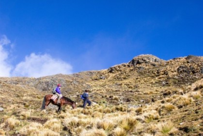 Taking the longer but horse-friendly approach to the pass