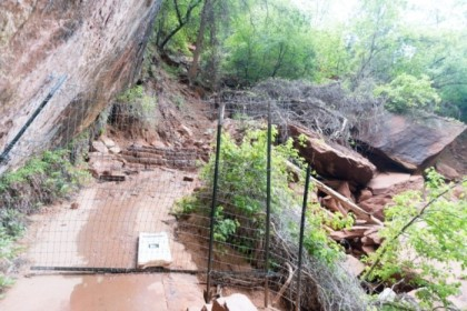 Trail closed, due to rockslide