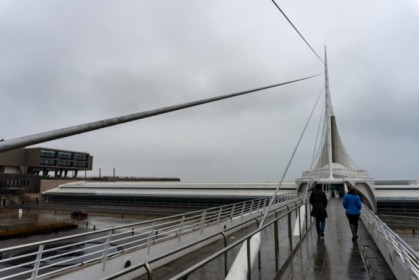 Approaching the Milwaukee Art Museum