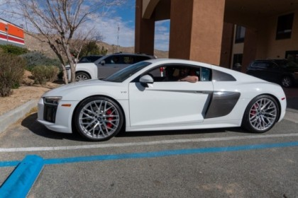 Jess in the R8